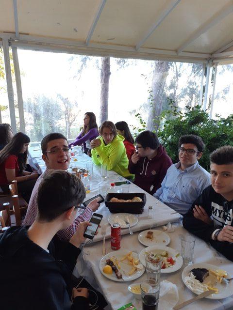 Κοινό γεύμα στη Βεργίνα